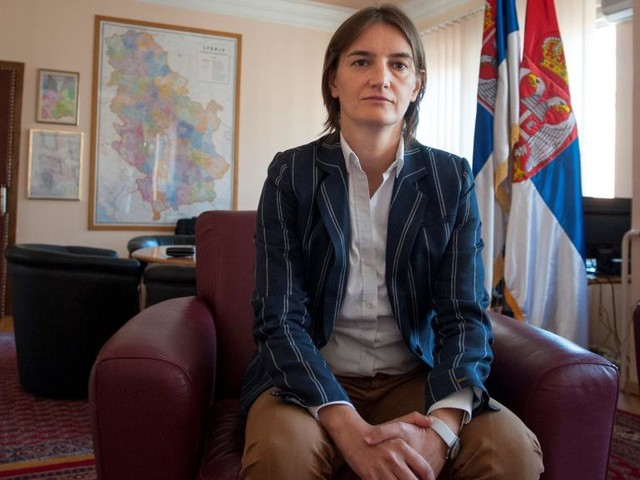 A la Une: Ana Brnabic, nouvelle Première ministre serbe