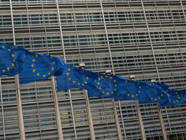 La République est-elle encore constitutionnelle? 3/4 : quand la République se couche devant l'Europe