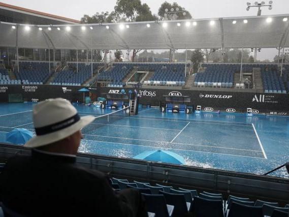 Open d'Australie - Première journée : on ne jouera plus dehors