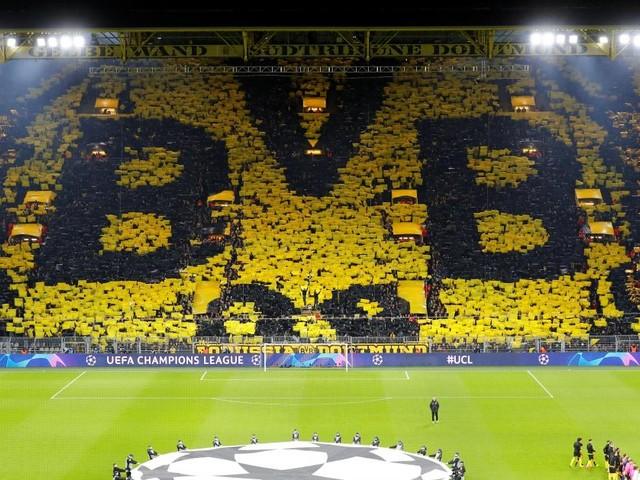 Ligue des champions: le magnifique tifo des supporters du Borussia Dortmund (photos)