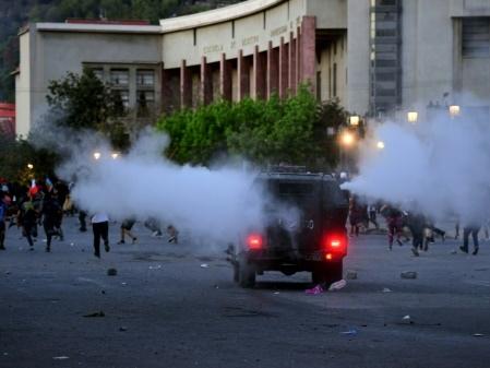 """Au Chili, la """"fragilité"""" socio-économique de la classe moyenne"""