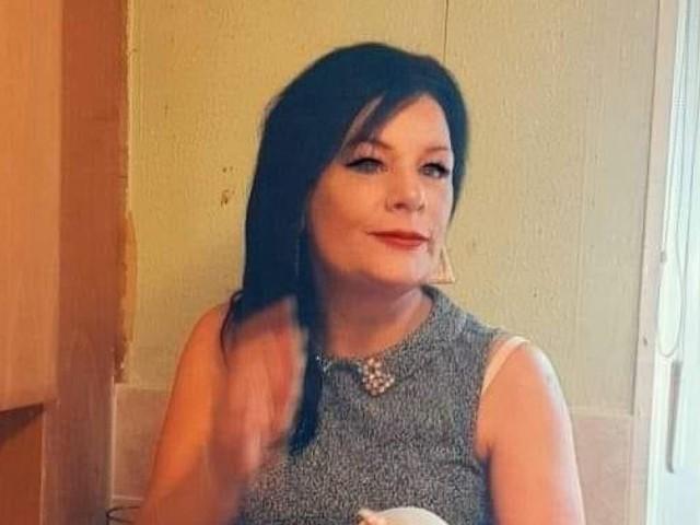 Macabre découverte dans les bois: Julie, une maman de 48 ans, faisait face à des problèmes de santé mentale