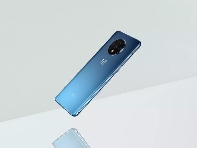 OnePlus dévoile officiellement le design du OnePlus 7T