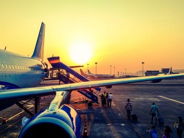 Aéroport : pourquoi l'internet du smartphone est si lent sur la piste