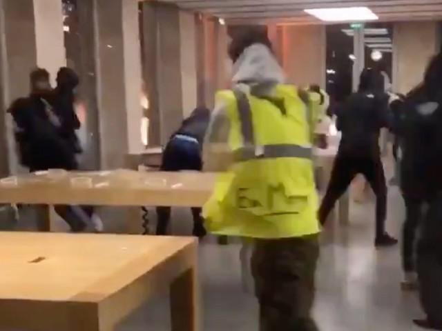 Pillage de l'Apple Store de Bordeaux : 4 mois de prison pour un jeune de 18 ans