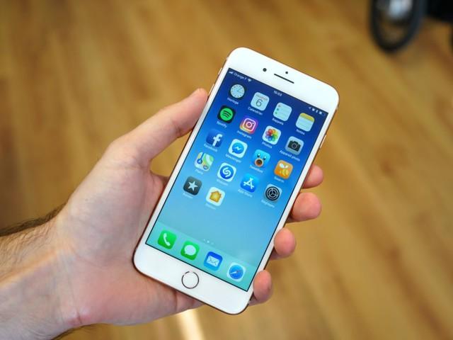 L'iPhone SE 2 de cette année pourrait être décliné en grand format