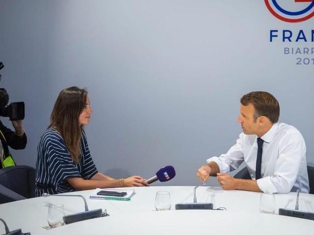 Document TF1/LCI : 48h dans les coulisses du G7 avec Emmanuel Macron
