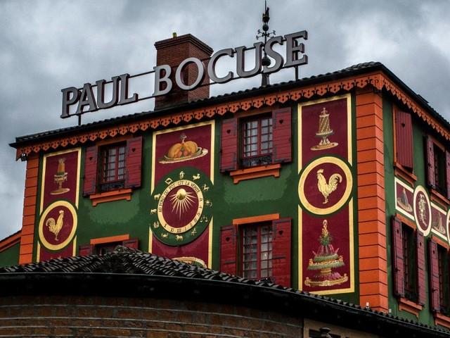 La journée particulière des clients du restaurant de Paul Bocuse à Collonges-au-Mont-d'Or