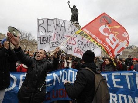 Plusieurs milliers de manifestants contre la réforme des retraites à Paris