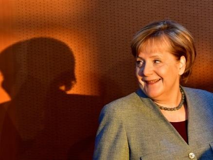 Merkel rencontre les sociaux-démocrates pour sortir de l'impasse