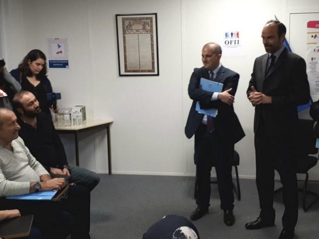 Accueil des réfugiés: Edouard Philippe et Gérard Collomb en visite à Lyon