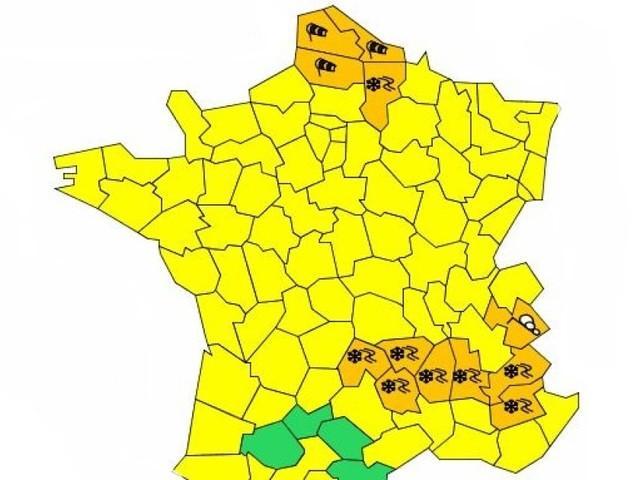 Prévisions Météo France: neige, verglas et vents violents dans 12 départements placés en vigilance orange