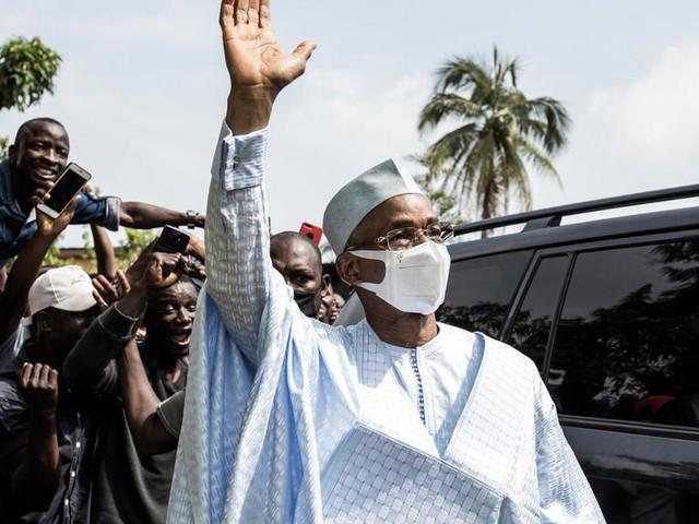 Présidentielle en Guinée: l'opposant Cellou Dalein Diallo revendique la victoire