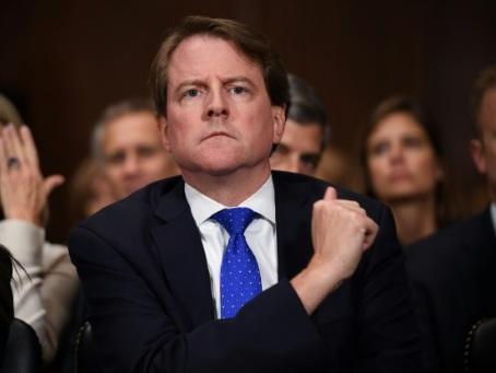 """Trump n'est """"pas un roi"""" et ne doit pas entraver l'audition de témoins, dit une juge"""