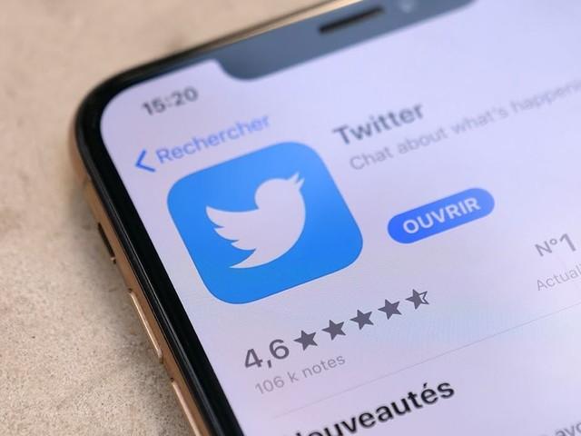 De la K-pop, un œuf, PNL et Notre-Dame : une année 2019 normale sur Twitter