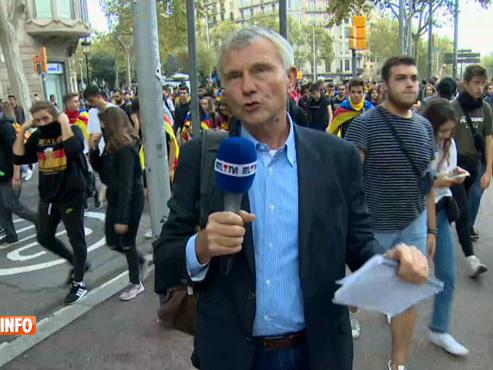 """Des milliers de jeunes descendent dans les rues à Barcelone: """"Ils répondent à l'appel d'un puissant groupe séparatiste"""""""