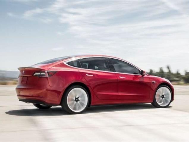 Tesla Model 3 : des sièges arrière chauffants via une simple mise à jour