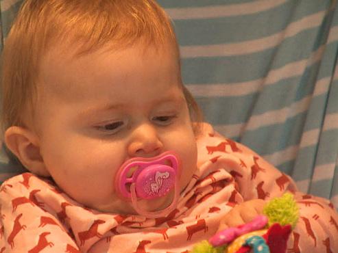 Collecte de fonds pour Pia, le bébé malade de Wilrijk: pourquoi son médicament coûte-t-il près de 2 millions d'euros?