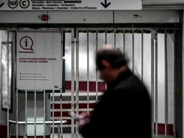 EN DIRECT - Retraites : RATP et SNCF à l'arrêt, l'exécutif se prépare à une nouvelle semaine de mobilisation