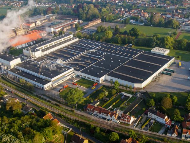 Du papier sort de Wizpaper, l'ex usine Arjowiggins de Wizernes (62 ) !