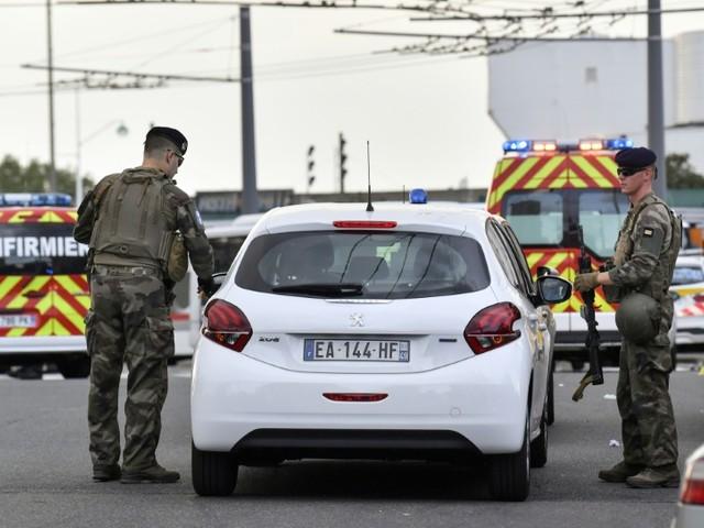Attaque de Villeurbanne: le flou demeure sur les motivations du suspect