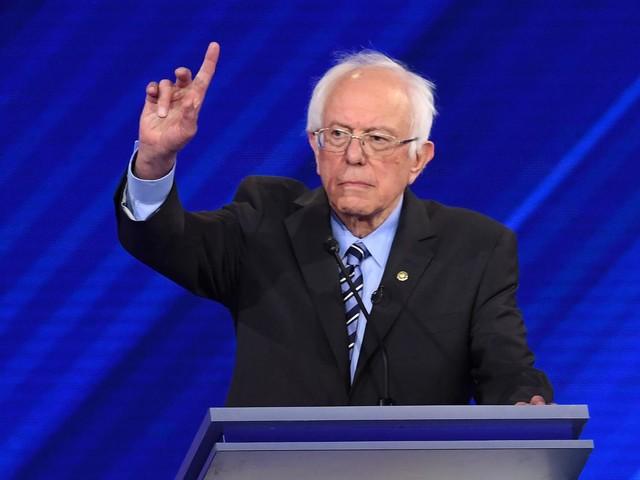 Présidentielle américaine : malgré sa crise cardiaque, Bernie Sanders promet de revenir dans la course