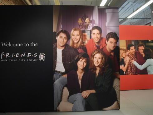 """Friends"", ""Seinfeld"", ""The Office"", les plateformes s'arrachent les vieilles séries"