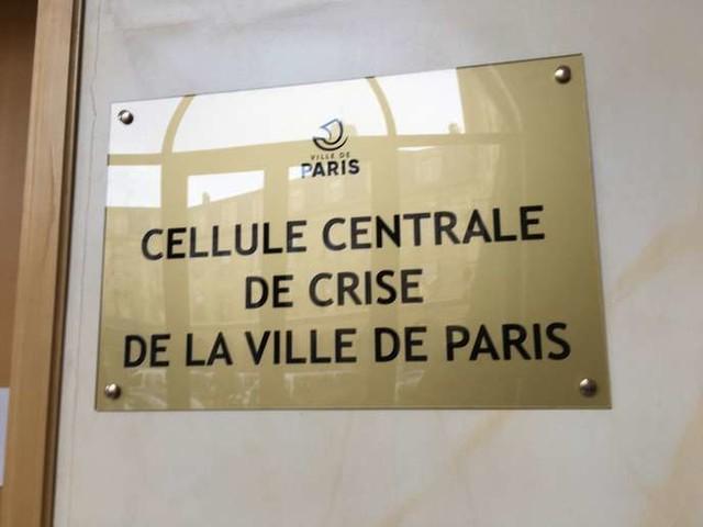 «Pour les ordures, la situation devient critique»: la cellule de crise de la mairie de Paris gère les urgences depuis le début des grèves