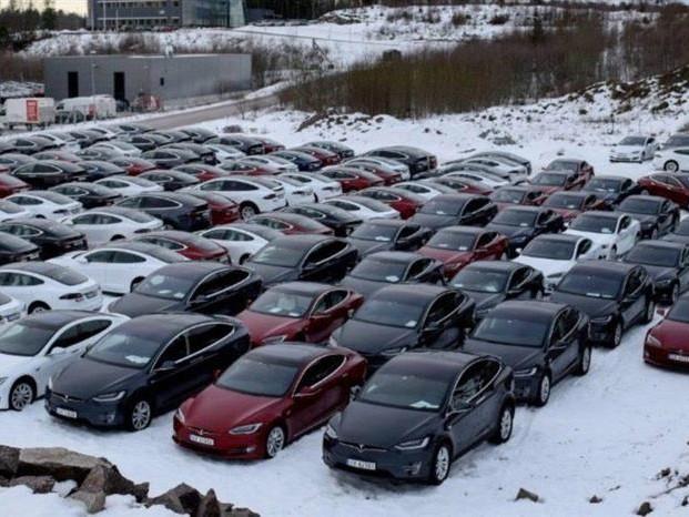 Tesla en Norvège : le loueur Avis a commandé 280 Model S et X en 2018