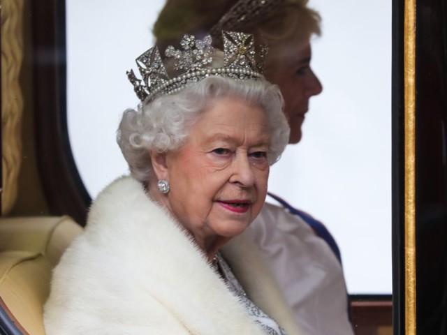 Elizabeth II : La reine a le même harceleur qu'une célèbre actrice