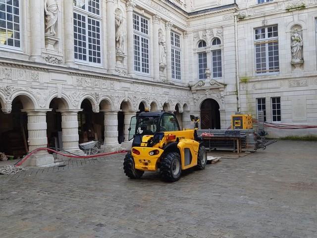 - VIDEO - A trois semaines de son inauguration, nous avons visité le chantier de la mairie de La Rochelle