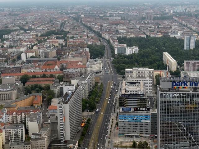 Covid-19: en Allemagne, un couvre-feu contre l'épidémie dans des grandes villes
