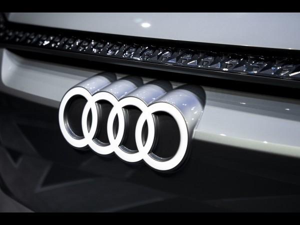 Audi : une e-tron GTR pour remplacer la R8 ?