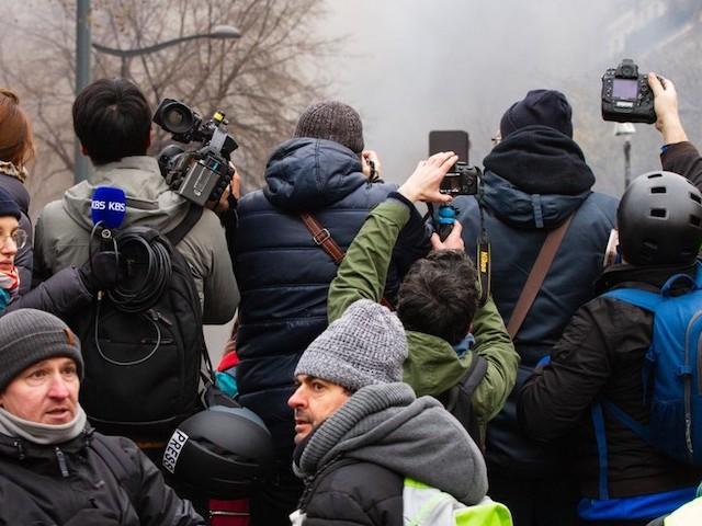 L'utilisation spontanée du smartphone fait-il de vous un journaliste ?