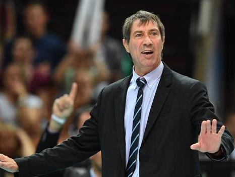 Volley: les Français gagnent et attendent Serbie-Pologne