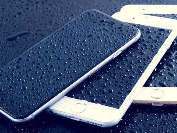 Apple développerait un iPhone totalement waterproof
