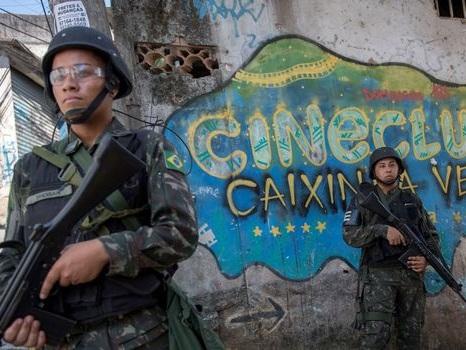 Rio de Janeiro: une touriste espagnole tuée par la police dans une favela