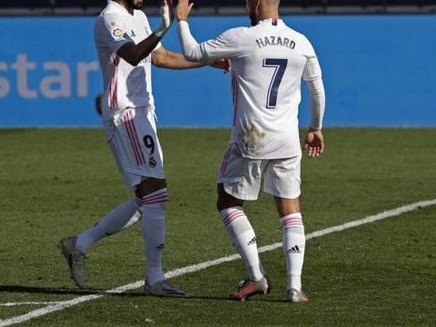 Liga: Le Real Madrid balaie Huesca avec un but de Hazard pour son retour