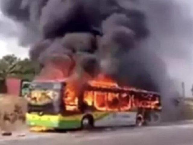 Un bus prend feu à Essaouira
