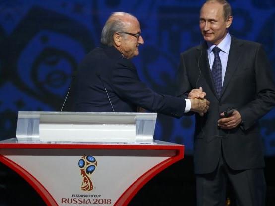 Foot - CM 2018 - Sepp Blatter et Michel Platini «bienvenus» au Mondial en Russie, selon le Kremlin