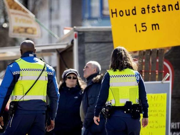 Les Pays-Bas se distancient de plus en plus de «l'immunité collective»