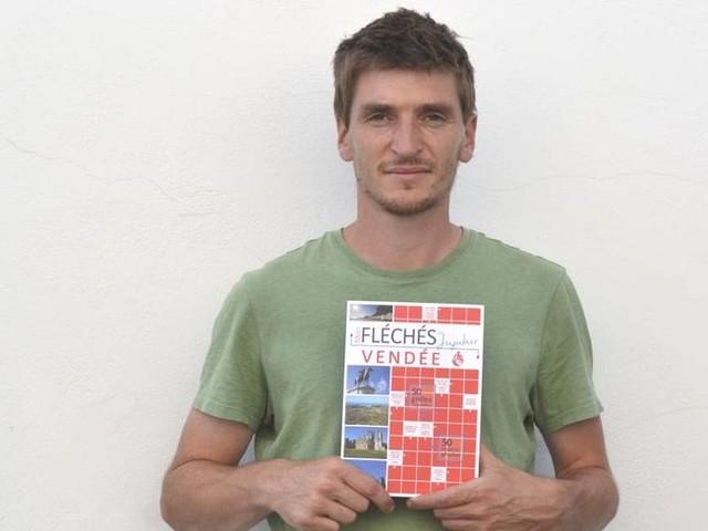 En Vendée, un auteur de mots fléchés publie des jeux sur le département