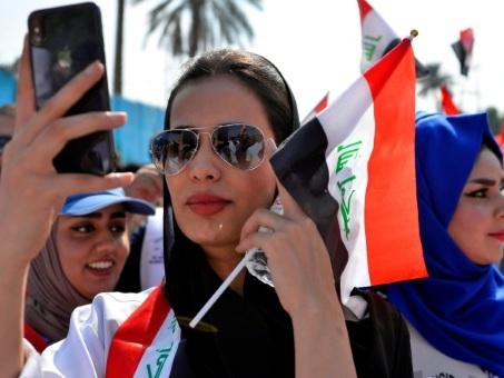 """En Irak, Facebook et Twitter sont les deux mamelles de la """"révolution"""""""