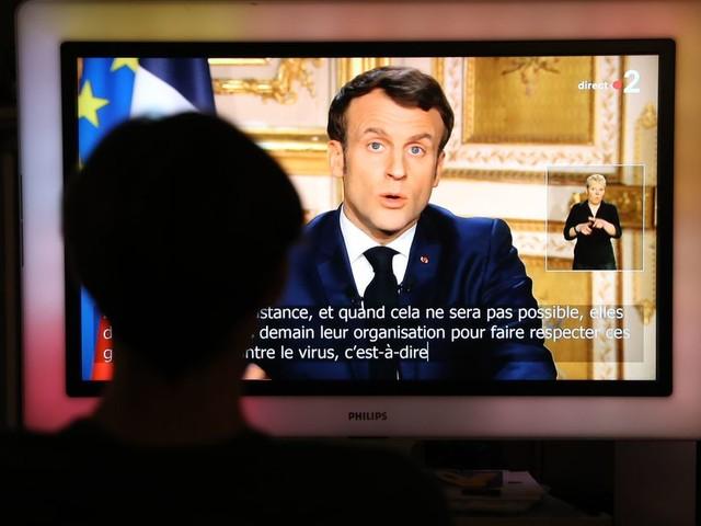 Ni couvre feu, ni confinement total, Macron annonce un confinement strict