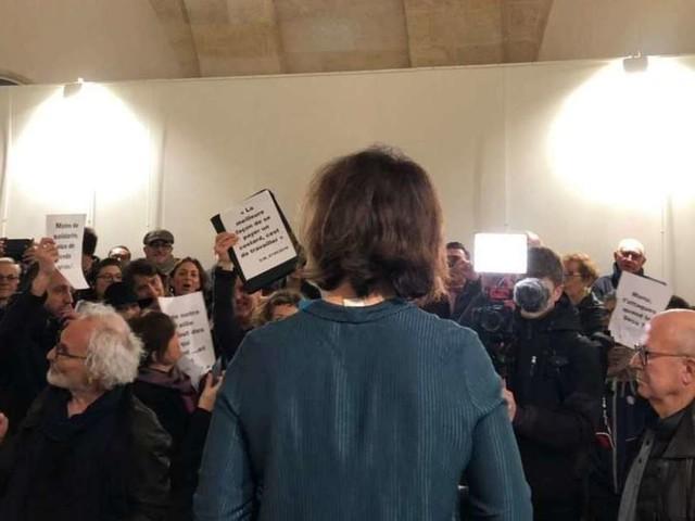 Bordeaux : les voeux de la députée Catherine Fabre perturbés