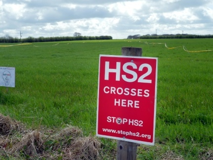Boris Johnson valide la ligne à grande vitesse HS2 malgré son coût