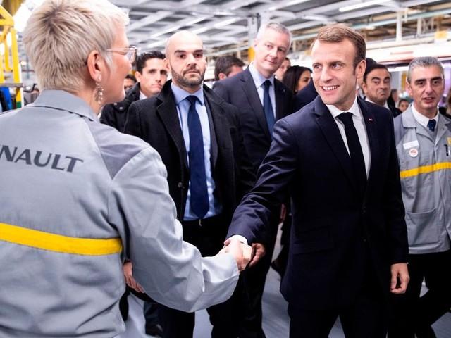 Annonces sur l'automobile: faut-il aider Renault même si l'entreprise ferme des sites en France?