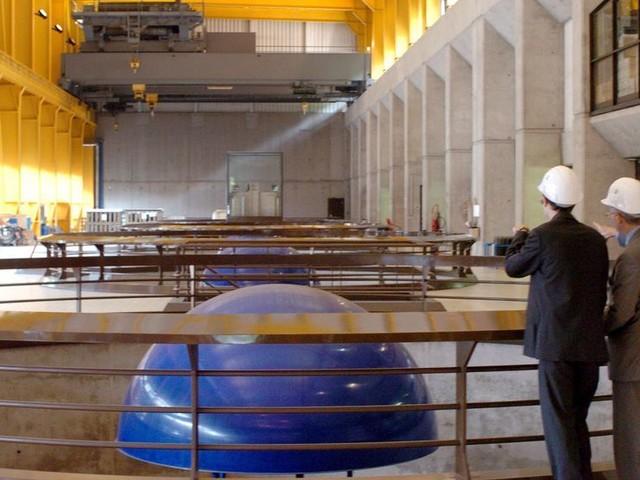 Retraites: la plus grosse usine hydro-électrique française mise à l'arrêt par ses salariés