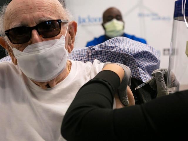 Covid: nouveau record de décès aux Etats-Unis, le vaccin AstraZeneca alimente l'espoir
