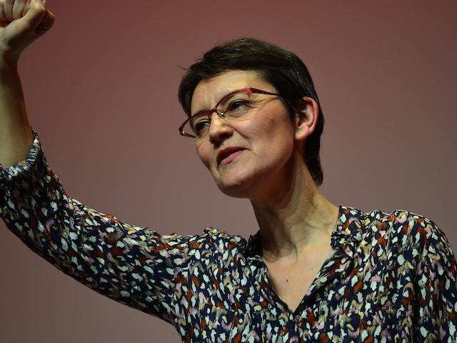 Quel programme pour l'Europe ? Les réponses de Nathalie Arthaud, tête de liste Lutte ouvrière
